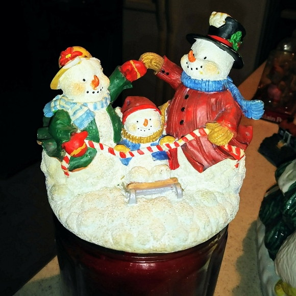 Candle jar topper
